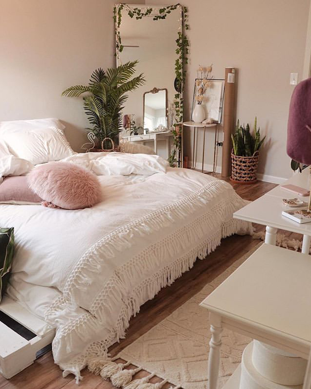 Room White Plants And A Color Apartment Decor Bedroom Decor Diy Furniture Bedroom