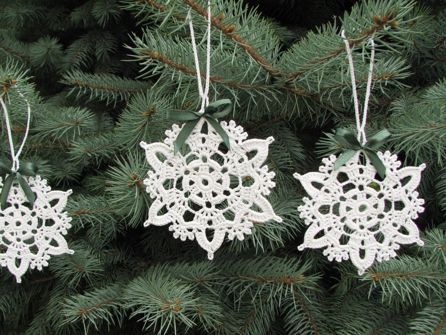 Snowflakes crochet Christmas decors Xmas tree ornaments Wedding ...
