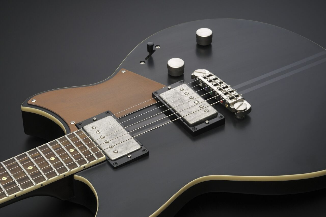 Yamaha revstar nueva serie de guitarras el ctricas for Luthier guitarra electrica