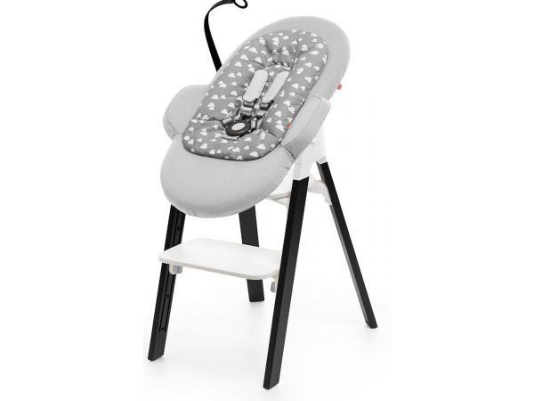 Stokke Transat Steps Housse Gris Nuage Avec Armature Noire Transat Chaise Stokke Chaise Haute