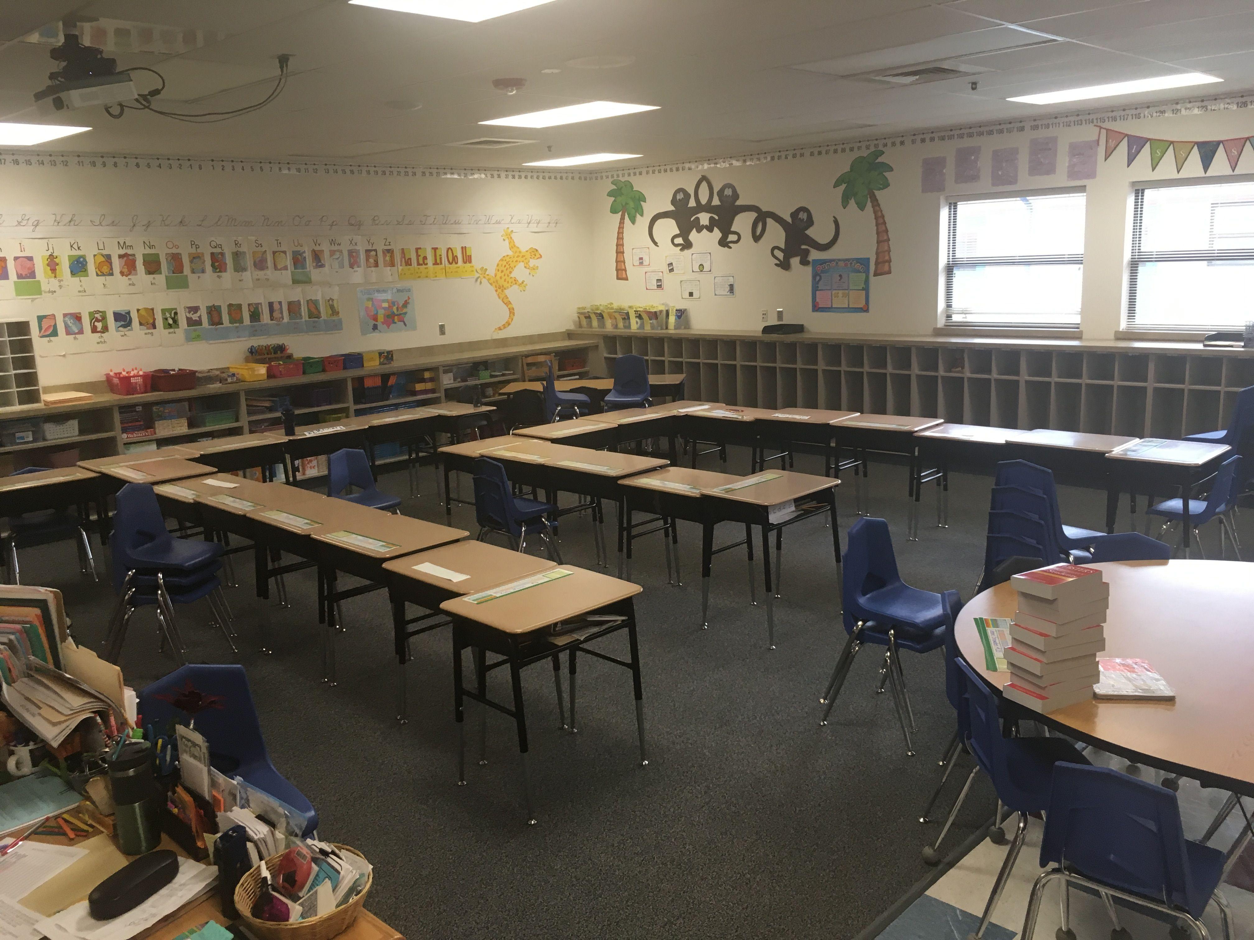 Classroom Desk Arrangement, Desk Arrangements, Desks, Tables, Bureaus,  Table Seating, Office Desks, Working Tables, Office Desk