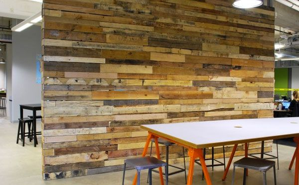 Interior walls made out of reclaimed wood can look amazing! - Interior Walls Made Out Of Reclaimed Wood Can Look Amazing