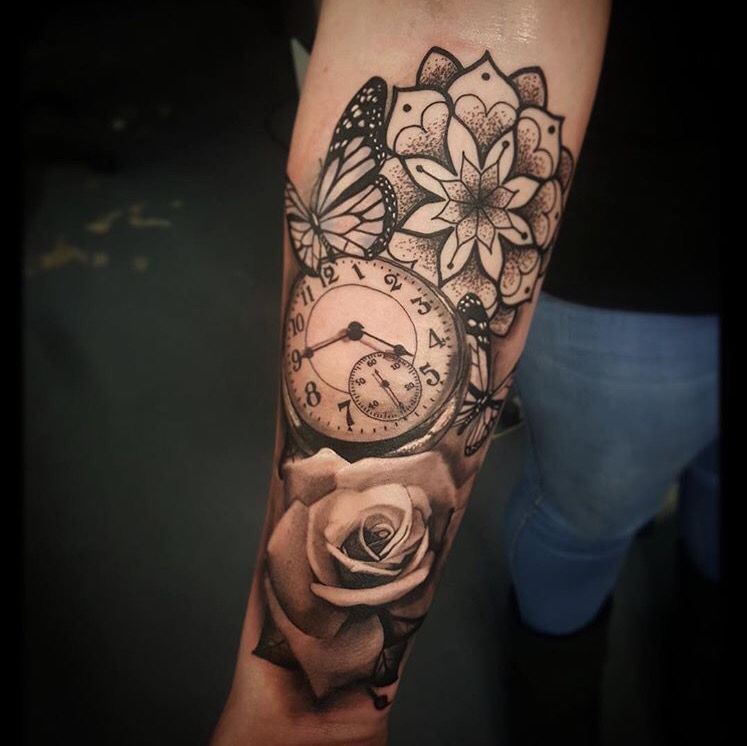 Tatto Flores Y Tiempo Con Mariposas Tatuaje Reloj De Bolsillo