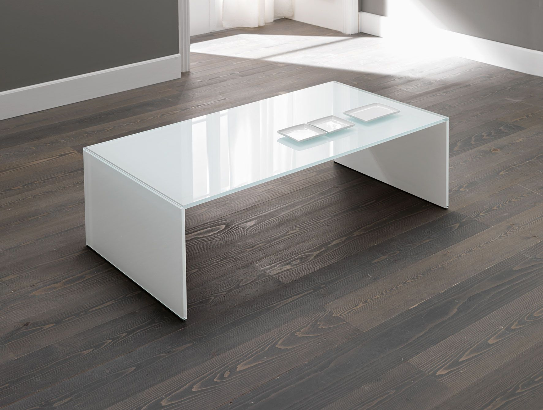 With the right decor a coffee table can be a key design element in your