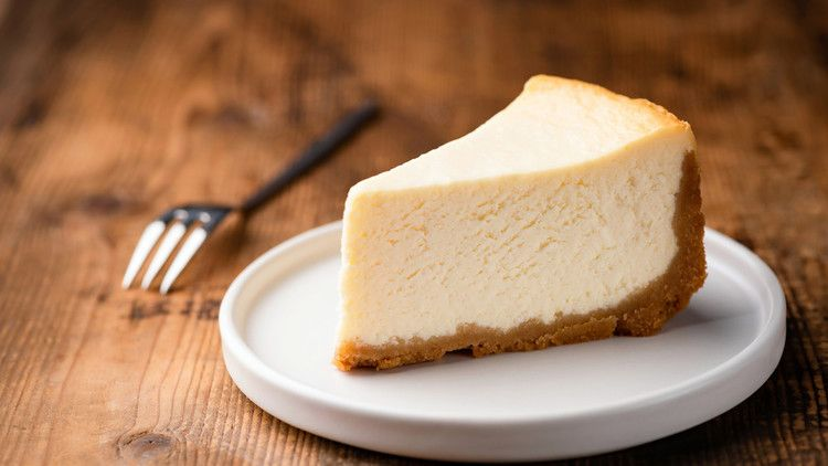 Why You Should Make Cheesecake In A Slow Cooker Mashed Baking Recipes Lemon Cheesecake Recipes Desserts