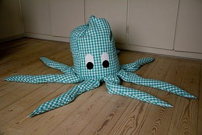 Octopus bean bag chair. I need to make this for my classroom. How fun