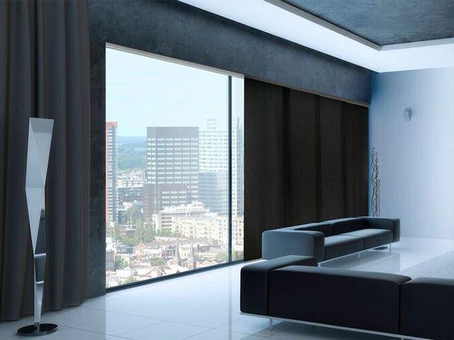afbeeldingsresultaat voor zwarte gordijnen groot raam