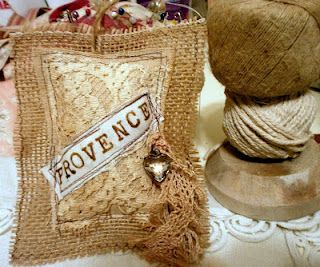rustic sachet,  from les moulins