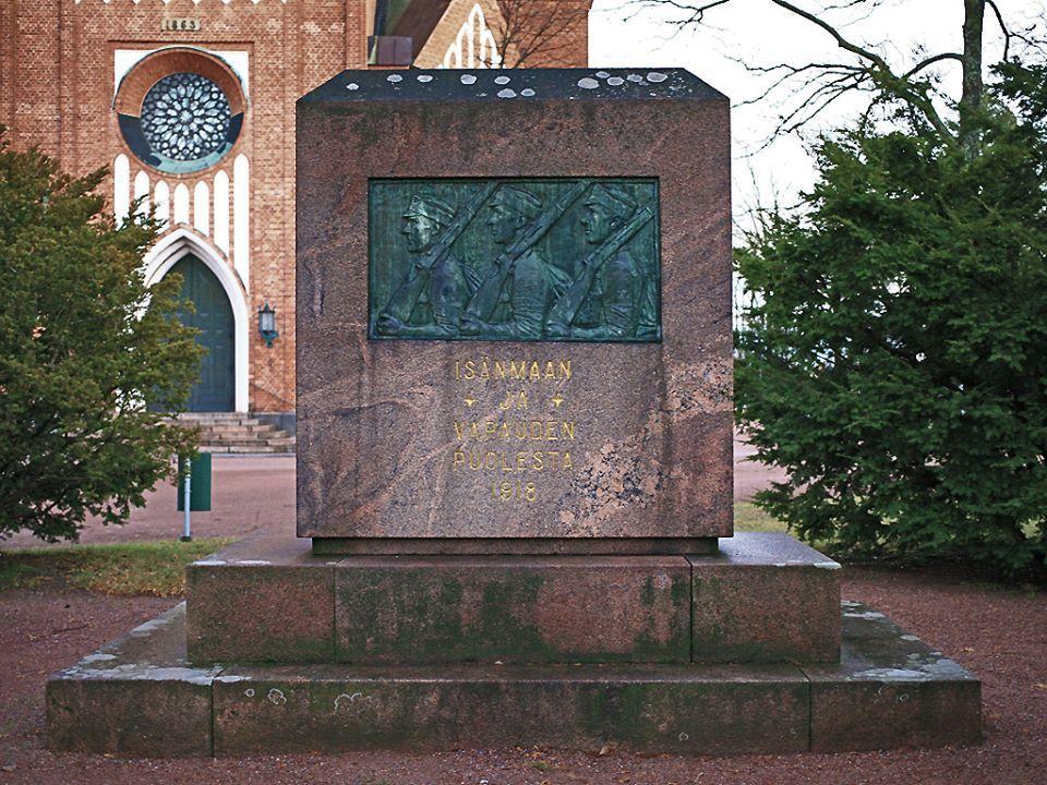 Vapaussodan muistomerkki, Keski-Porin kirkon puisto, Emil Cedercreutz 1920 — paikassa Pori.https://www.facebook.com/photo.php?fbid=10152054024322980