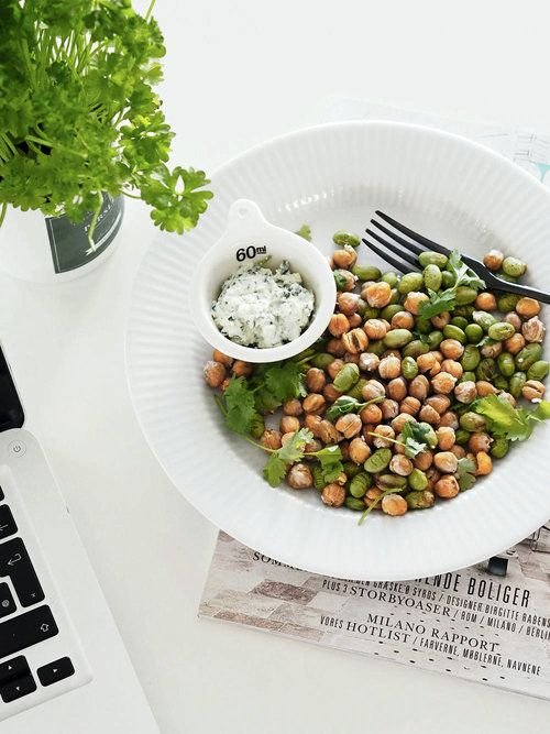 chickpeas and edamame toasted in oven x yum !