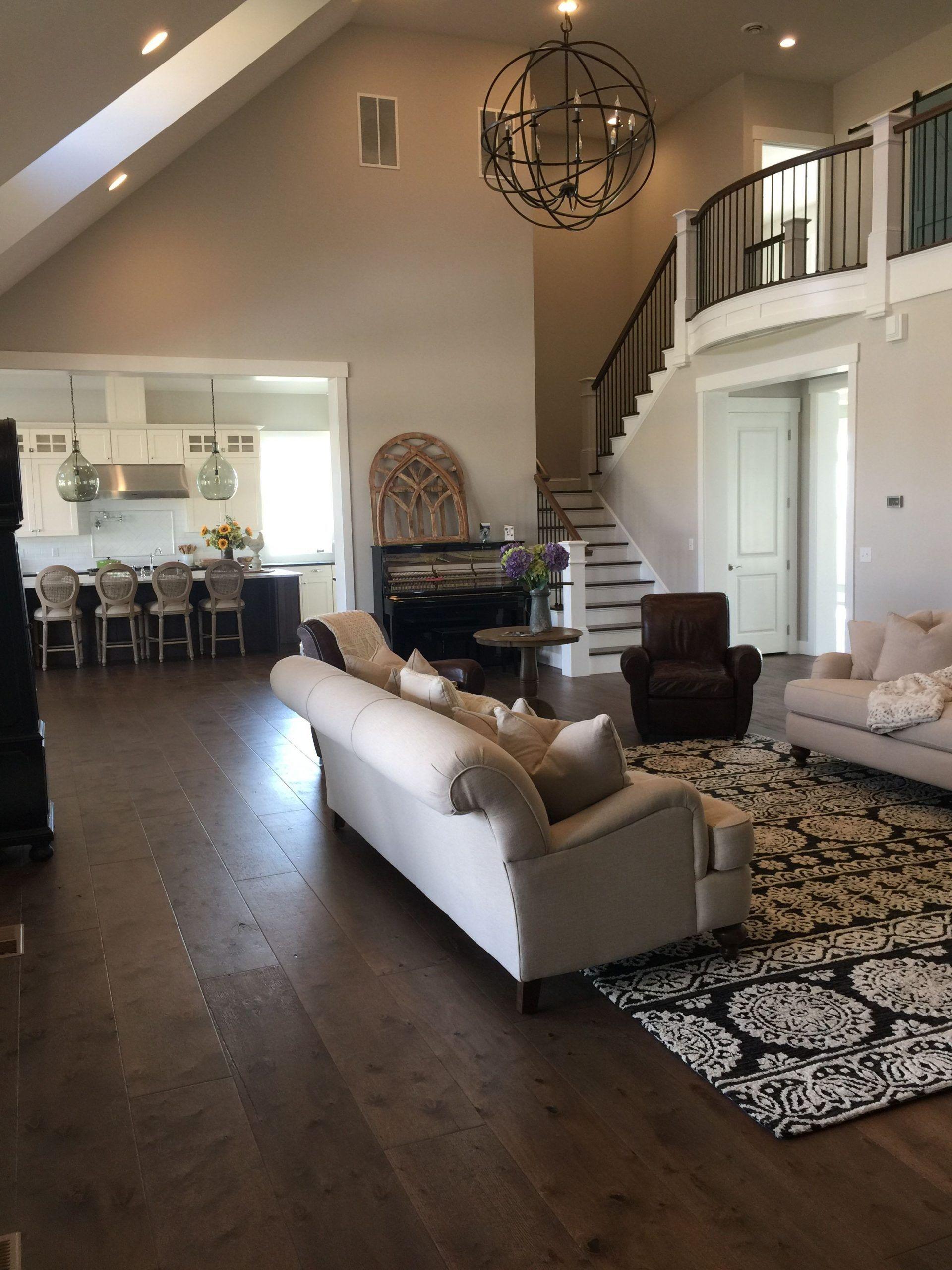 20 Paint Colors For Living Room With Dark Wood Floors Jessicawilkins Best Di 2020 Warna Ruang Tamu Ruang Tamu Kontemporer Ruang Keluarga