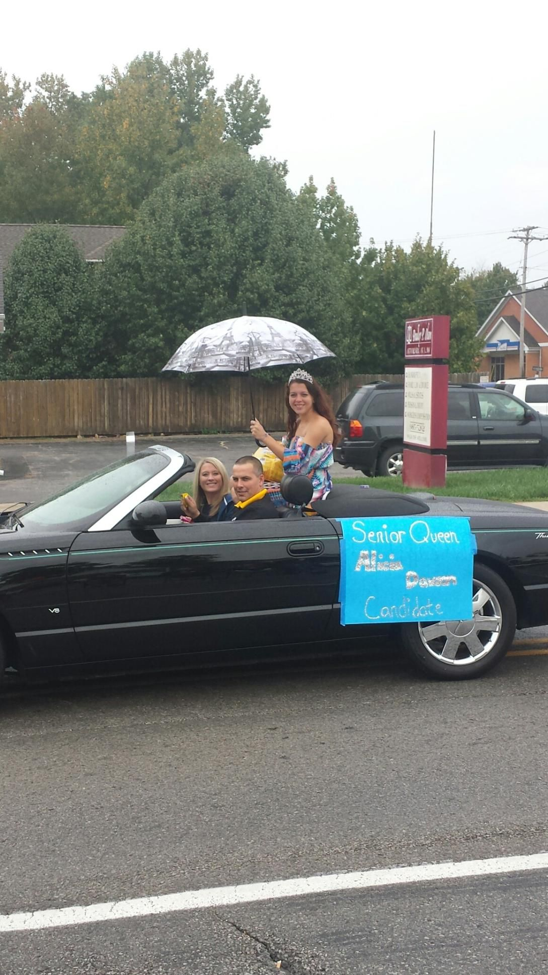 This Is Our Comfort Advisor James Dawson With His Wife Leslie And Daughter Alicia In The Carterville Homecoming Parade Hvac
