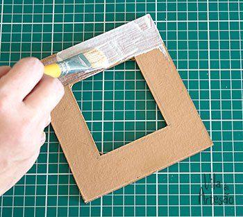Como fazer um porta-retrato decorado com tecido