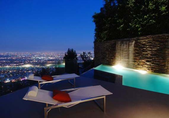 61212 im obsessed with Hollywood Hills I want to live there