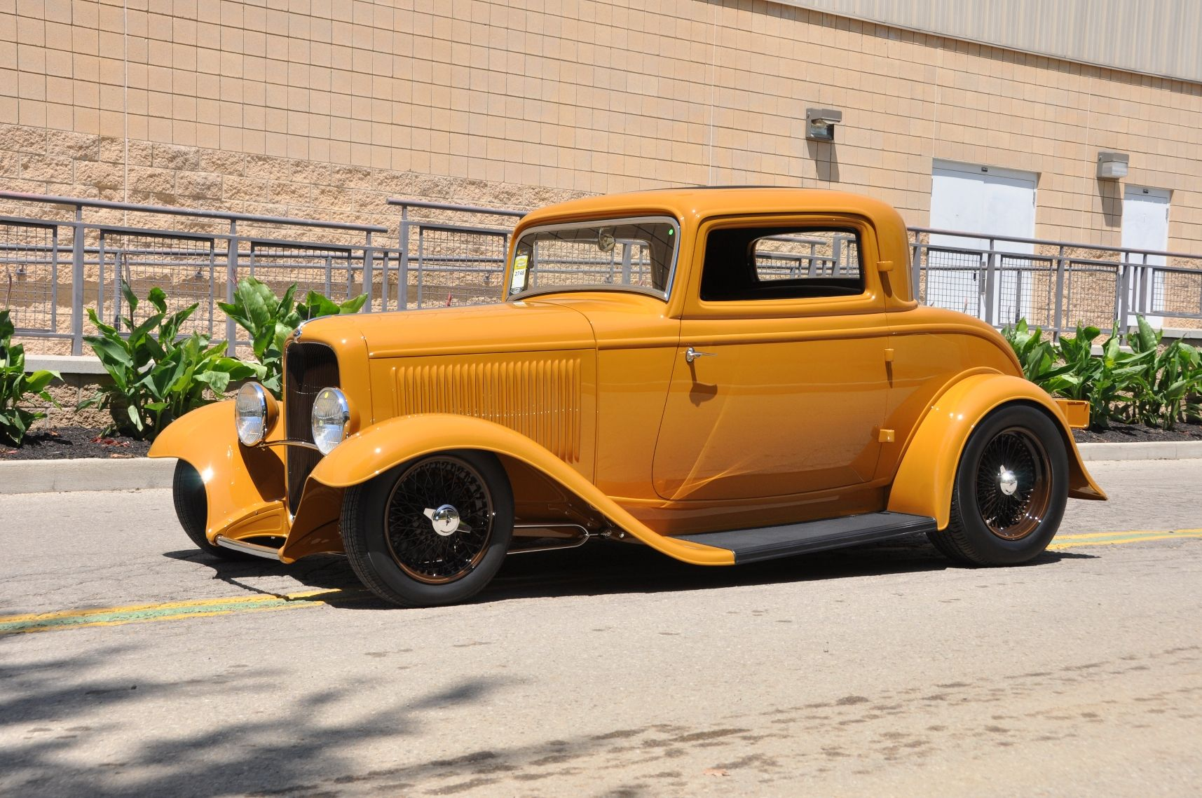 1932 Ford 5 window coupe slammed wire wheels full fendered and