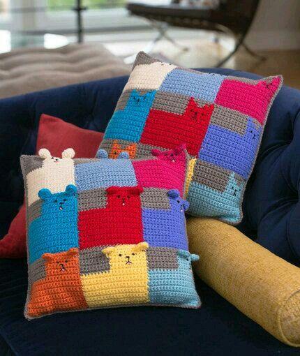 Cojín oso y gato crochet | cojines | Pinterest | Osos y Gato