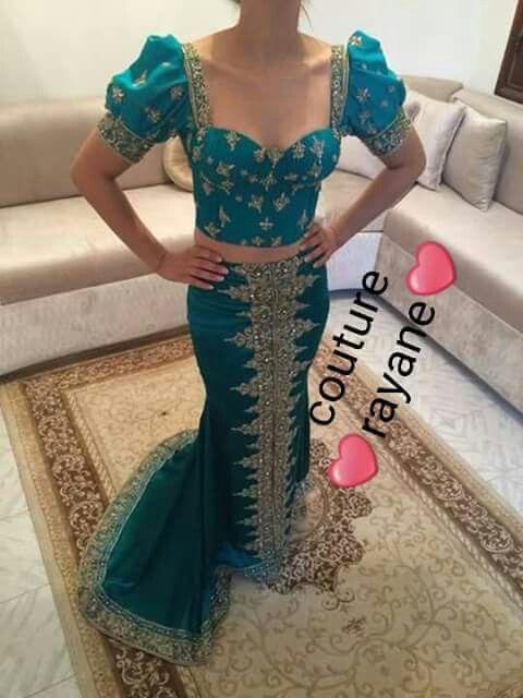 Moroccan CaftanTraditional ClothesCaftansHijab FashionBlouse DesignsDress  DesignsKitengeUnique DressesIssa df24e01b6e9