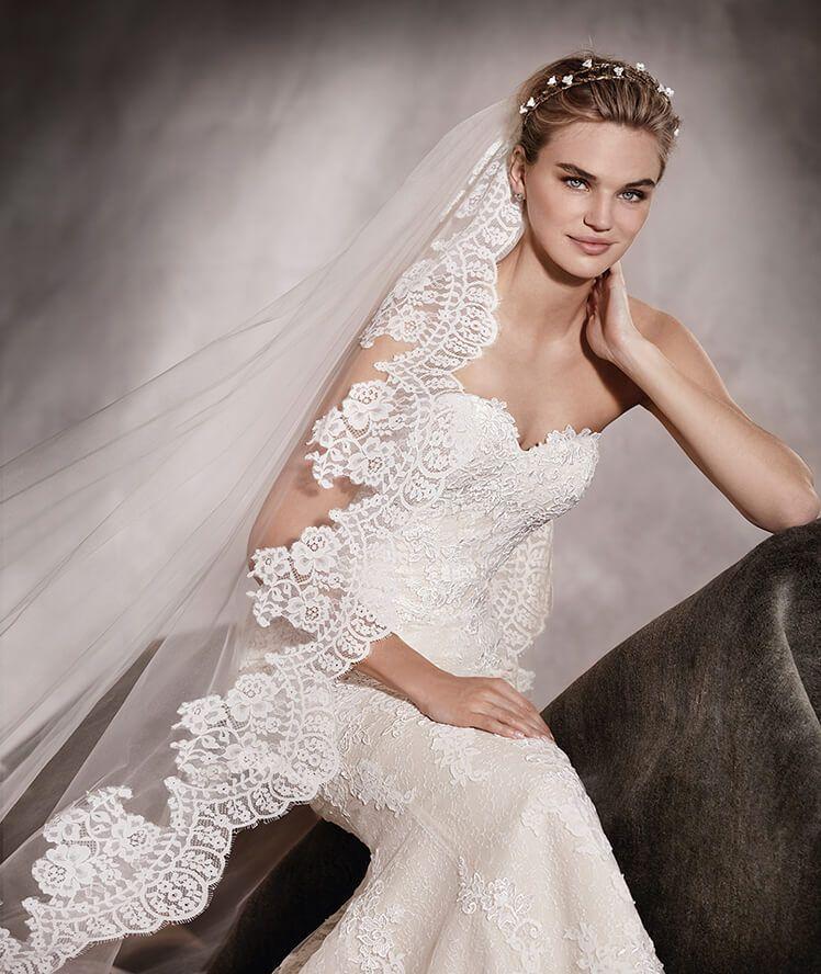 PRINCIA - Mermaid wedding dress in tulle | Pronovias Bridal Shop ...