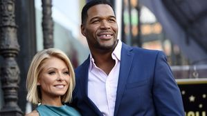 Ripa's return to 'Live!' is all smiles following Strahan strife