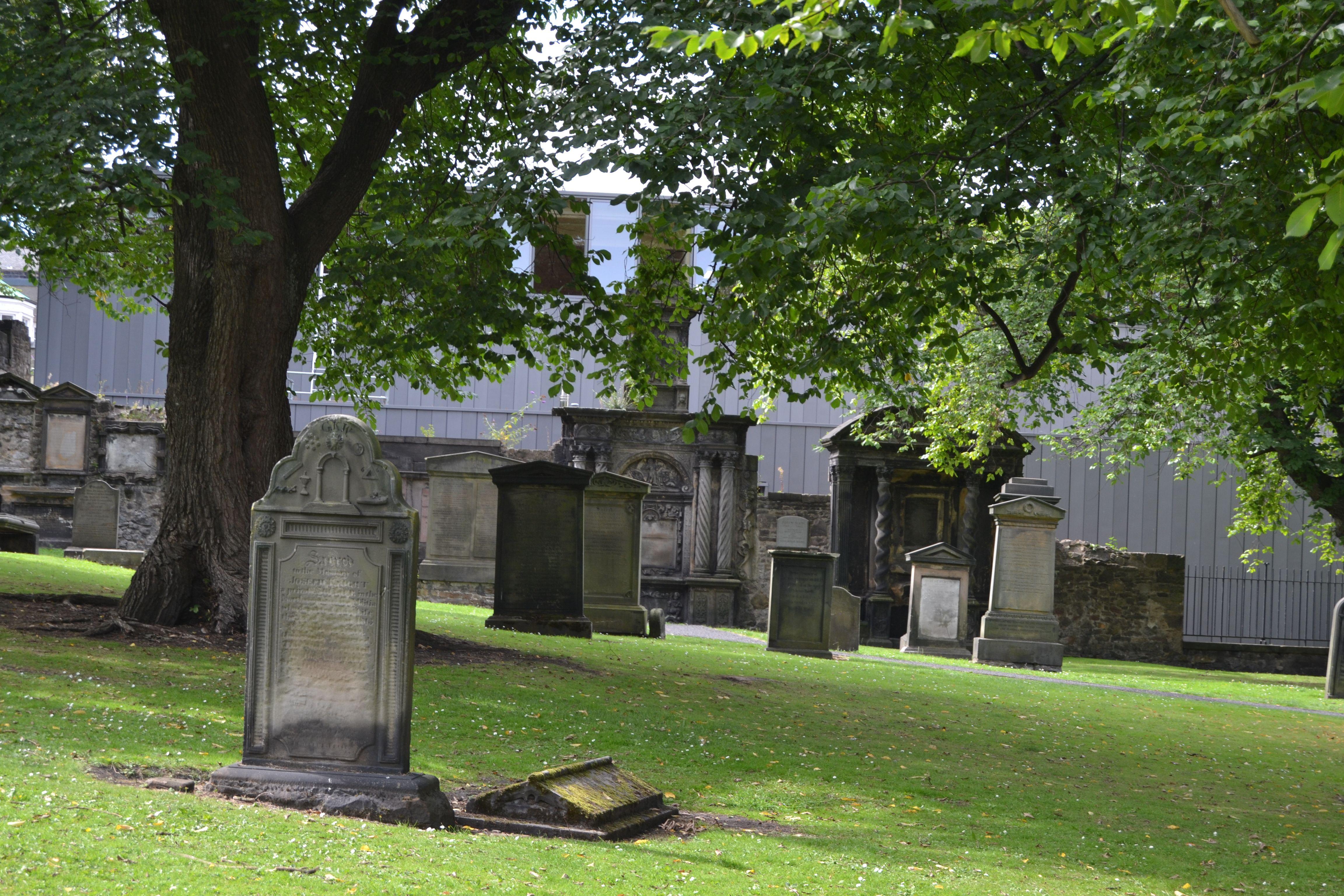 ESCOCIA . Edimburgo. Cementerio GreyFRiars. Agosto 2013