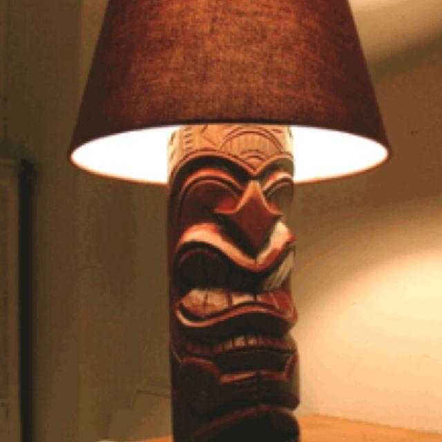 Tiki Lampe