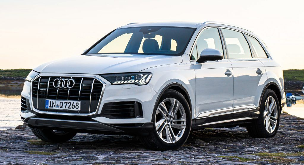 2020 Audi Q7 Facelift Arrives In America With A New 3 0 Liter V6 Engine Audi Introduced The Facelifted Q7 In Europe Earlier This Audi Q7 Audi Audi Q7 Price