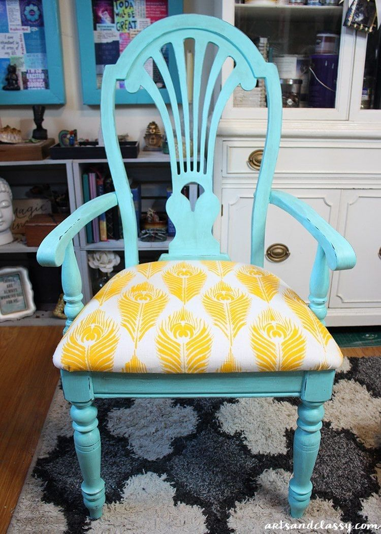 Curbside Furniture That Get Flipped Into Something Beautiful Arts And Classy Furniture Makeover Shabby Chic Furniture Shabby Chic Chairs