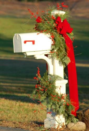 Christmas Decorating Ideas Decorate the Mailbox Navidad