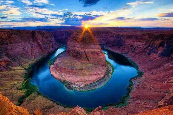Sunset at Horse Shoe Bend, Colorado River, Grand Canyon