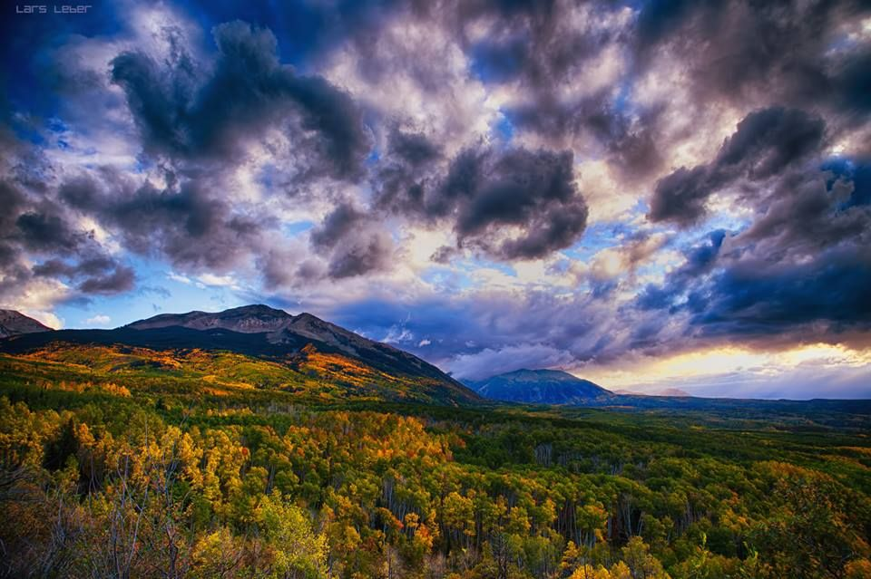 Kebler Pass at Sunset (09/28/2014).  A lot of the aspen trees were still green when we drove through the west side area of Kebler Pass a few days ago.