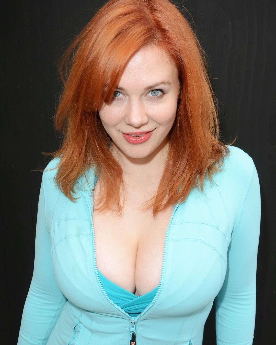 Short redhead lesbian pics