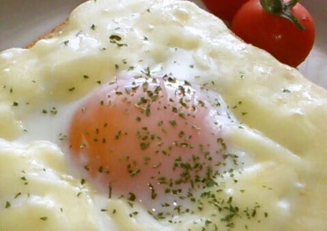 Croque Madame with Microwave White Sauce Recipe -  Yummy this dish is very delicous. Let's make Croque Madame with Microwave White Sauce in your home!