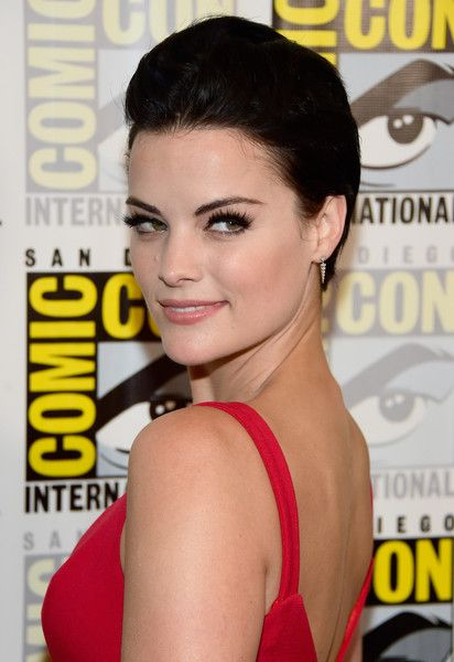 "Actress Jaimie Alexander attends the ""Blindspot"" Press Line during Comic-Con International 2016 at Hilton Bayfront on July 23, 2016 in San Diego, California."