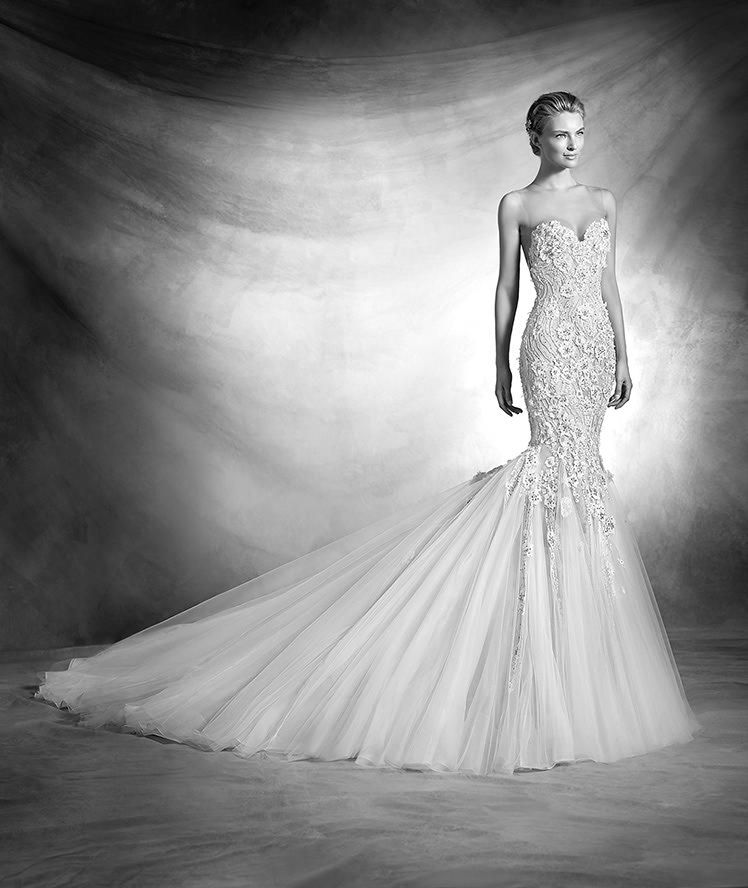Stunning Bridal Fashion From @pronovias