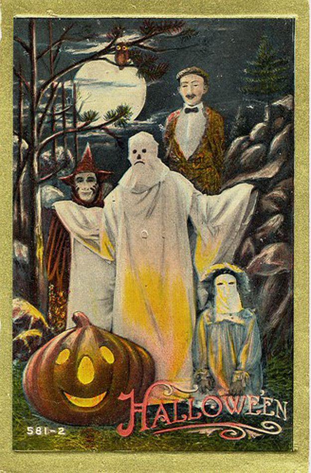 Wait is that a sad Klansman in the middle? Vintage halloween - halloween decorations vintage