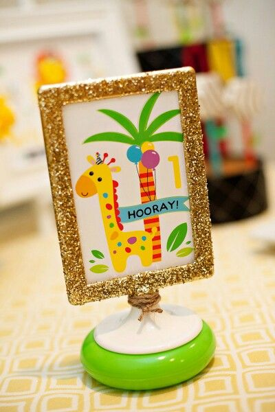 Bday signs in frames