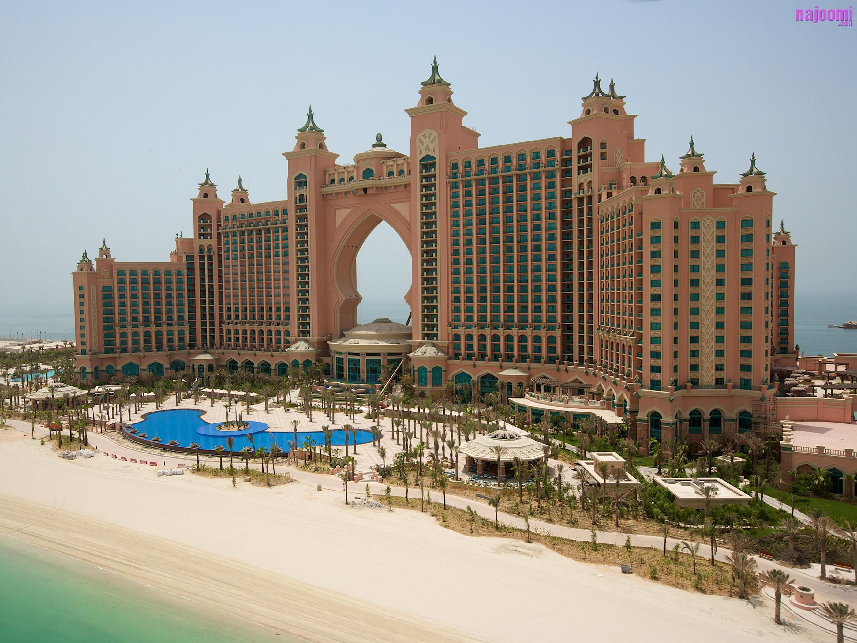 Atlantis hotel in bahamas least favorite vacation ever for Most expensive place to stay in dubai