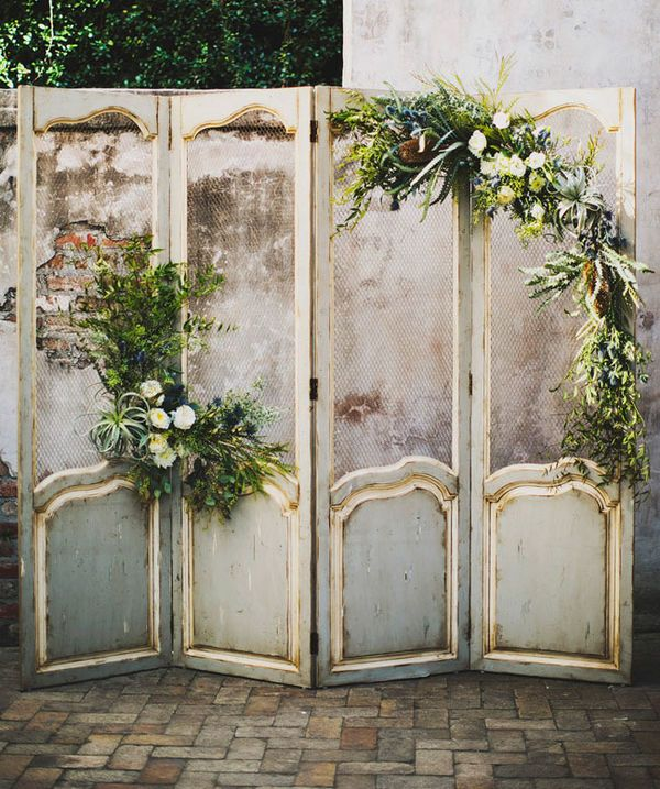 Magical Wedding Backdrop Ideas: 10 Unique Statement Walls For Your Wedding Decor