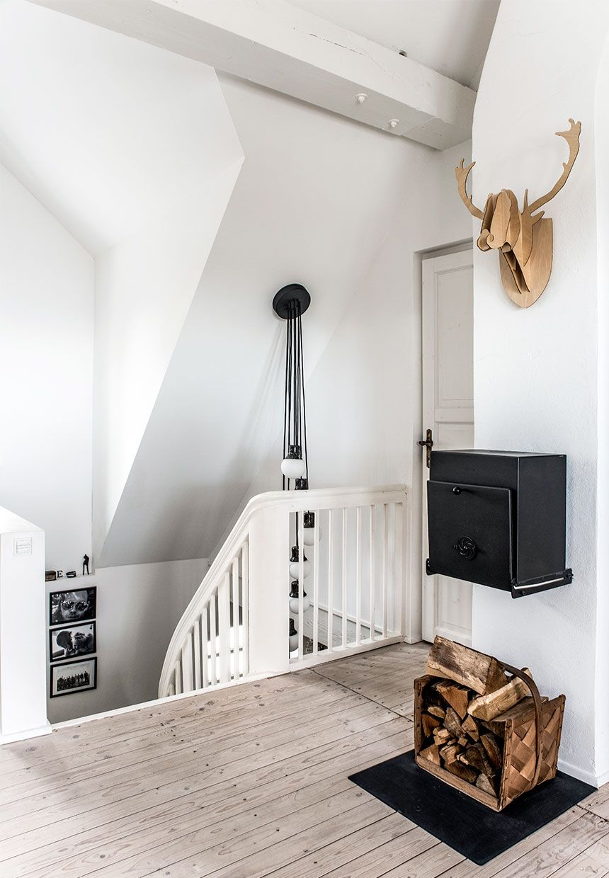 A Beautiful Scandinavian Family Home By The Sea The Style Files Home Gravity Home Danish House