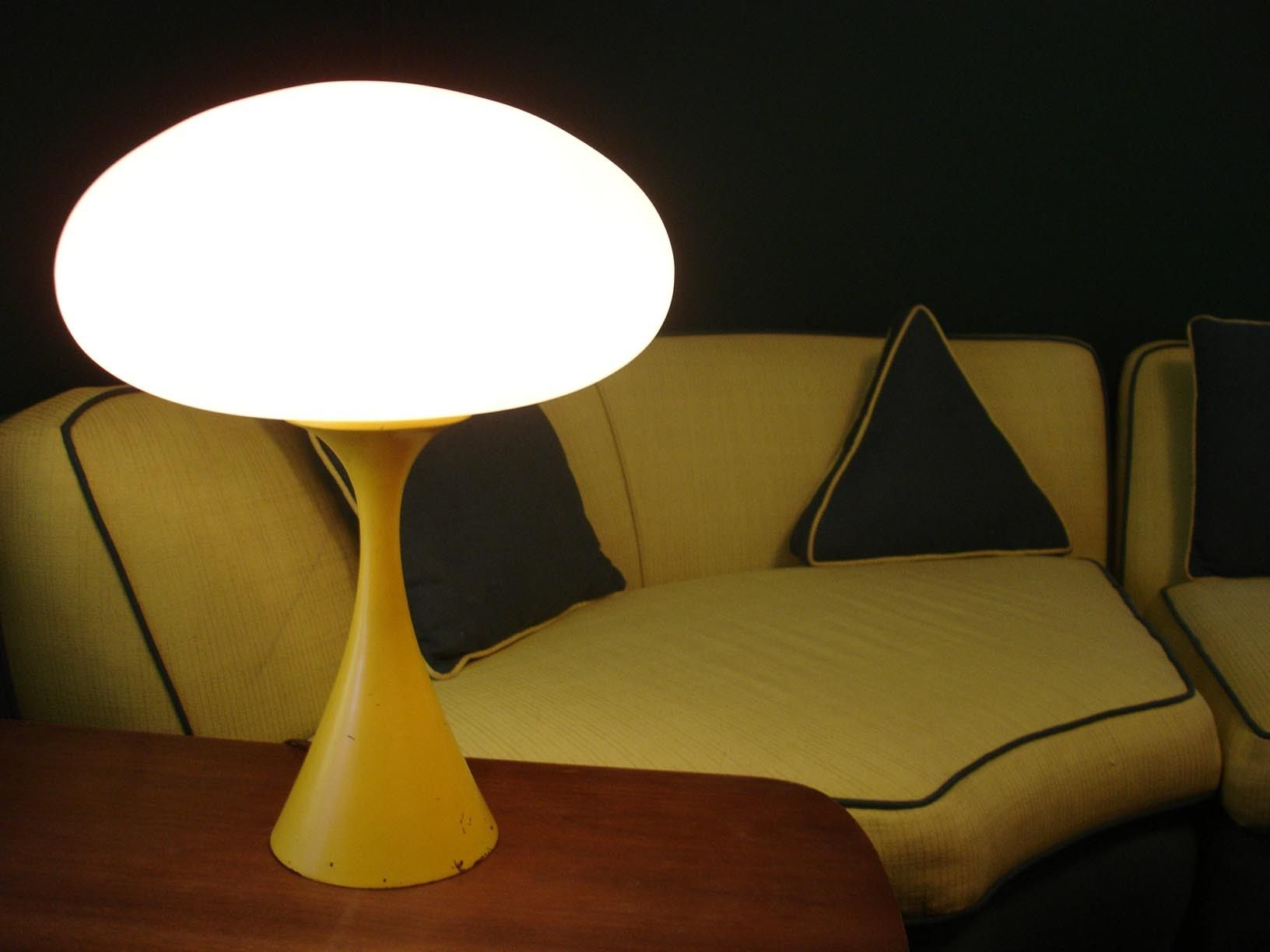 Beautiful A Laurel Mushroom Lamp. With Its Space Age Design And Sleek Curves, Itu0027s  Truly