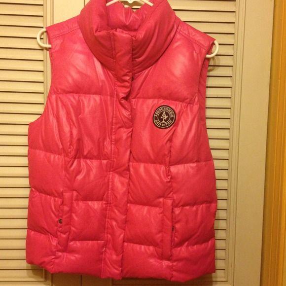 *Abercrombie & Fitch Bubble Vest A&F Pink Nylon Bubble Vest Abercrombie & Fitch Jackets & Coats Vests