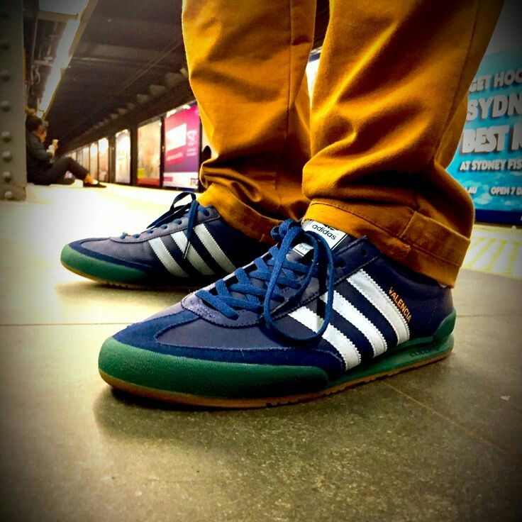 low priced a473e 68d66 Adidas Jeans  Valencia  on ...