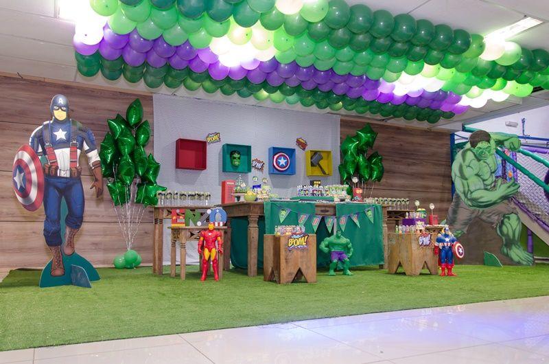 Festa Os Vingadores Enzo 05 anos Inesquecível Infantil Vingadores, Decorações de mesa e  -> Decoração De Festa Os Vingadores