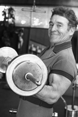 Jack LaLanne remembered: five of his amazing feats