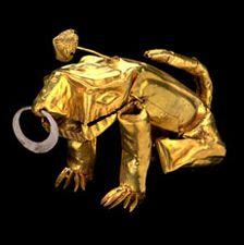 golden (pre colombian) frog