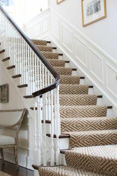 Le Tapis Pour Escalier En 52 Photos Inspirantes Tapis Escalier Escaliers Modernes Escalier