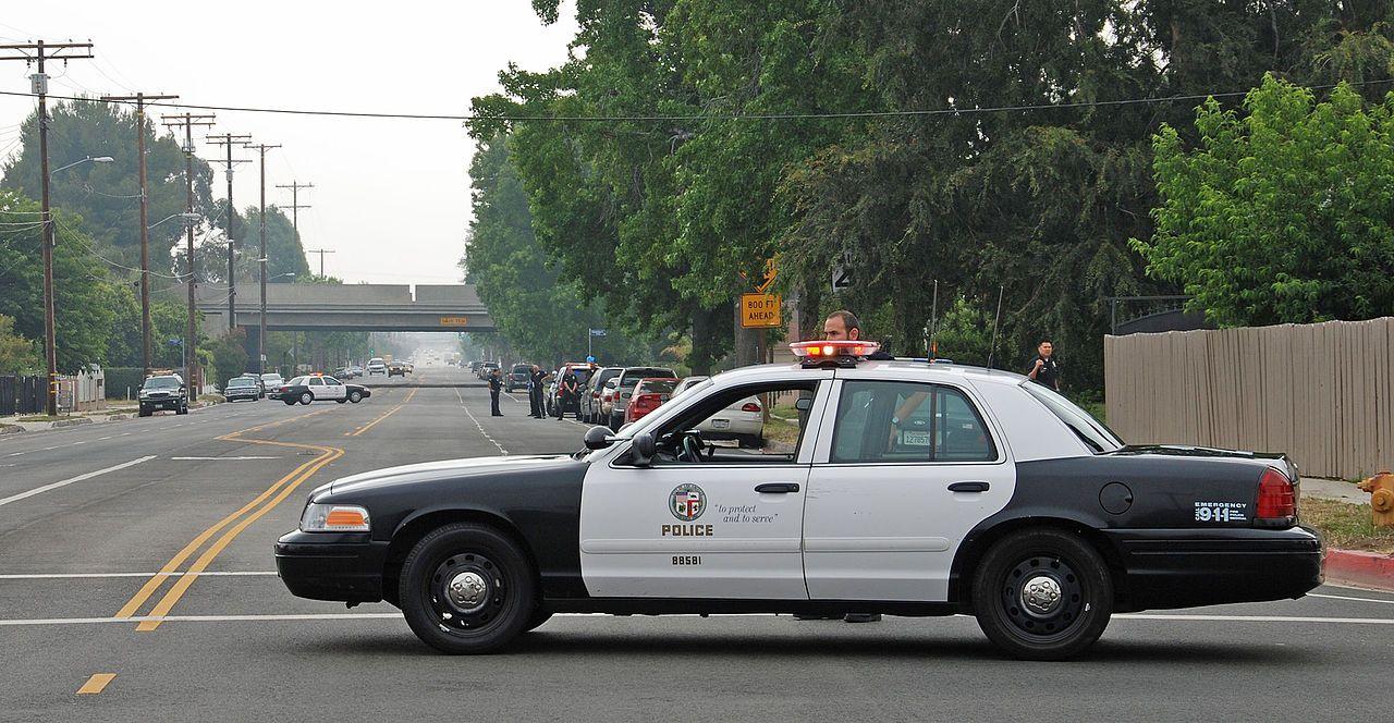 Lapd North Hills Burglary Investigation Interceptor Los Angeles Police Department Wikipedia In 2020 Los Angeles Police Department Police Department Police