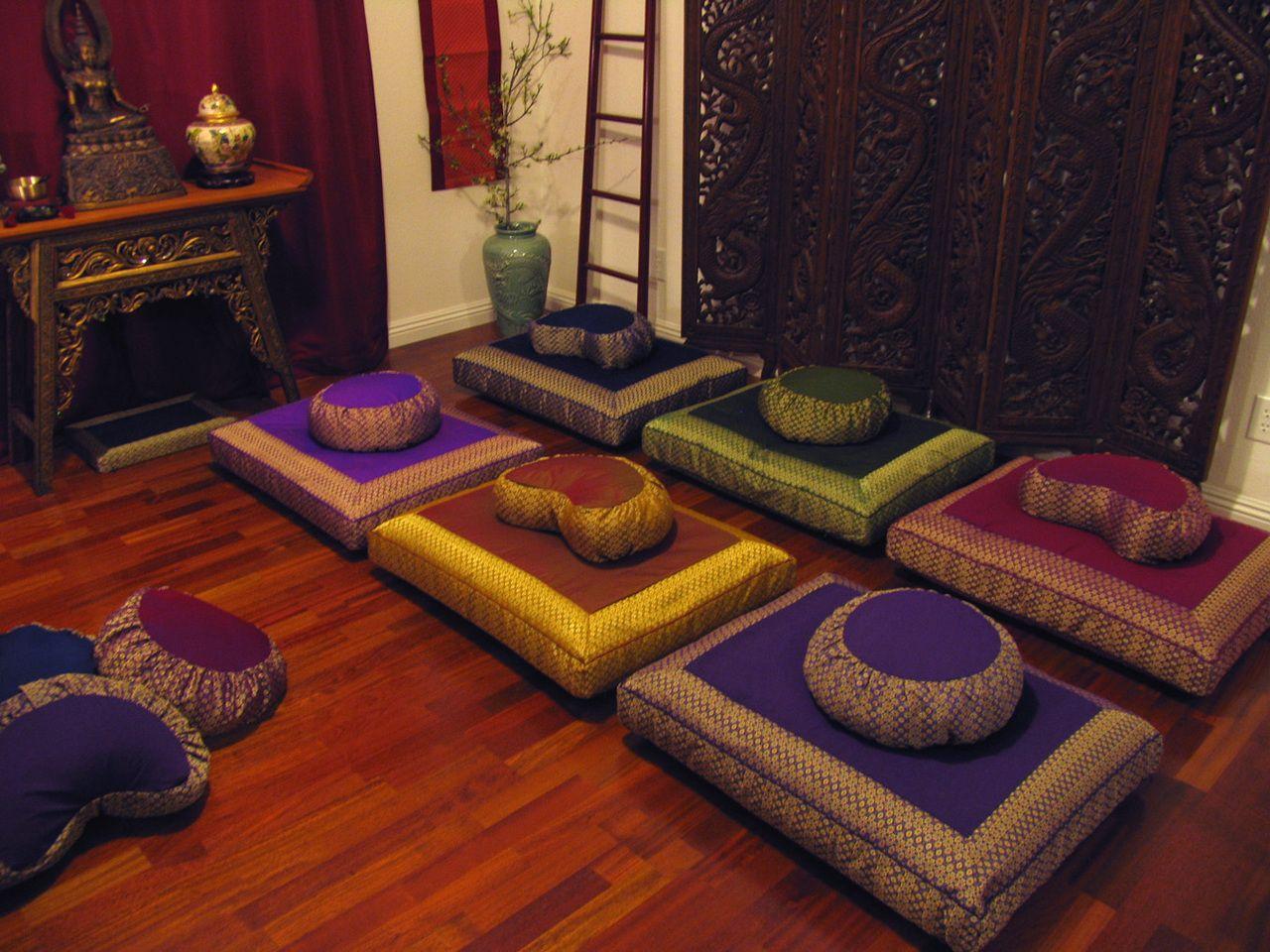 Http Www Boondecor Com Zafu Meditation Cushion Round