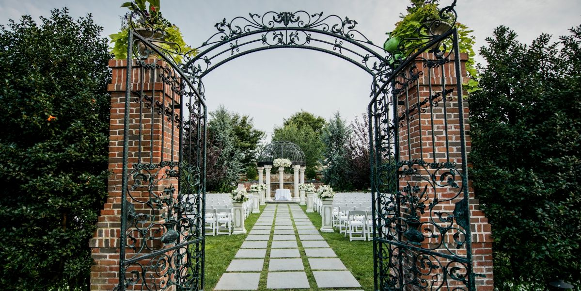 The Inn At New Hyde Park Weddings Get Prices For Long Island Wedding Venues In