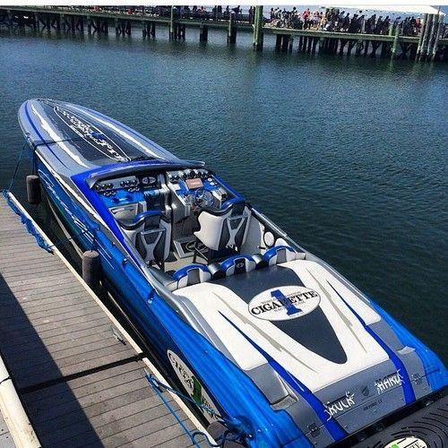 Sofa King Fast Racing: Boats & Yachts